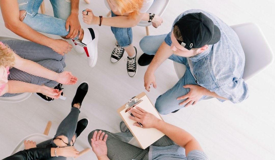 22 elgondolkodtató kérdés osztályfőnöki órára, amely beindítja a beszélgetést